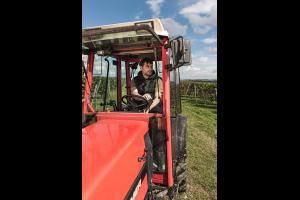 Wb D auf Traktor